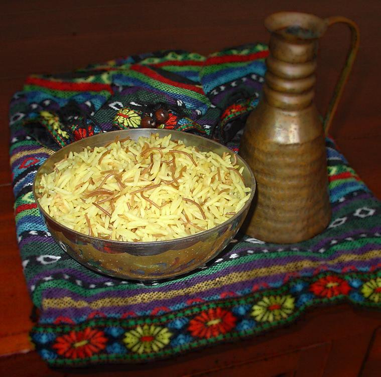 4-Garnitura din orez cu fidea prajita