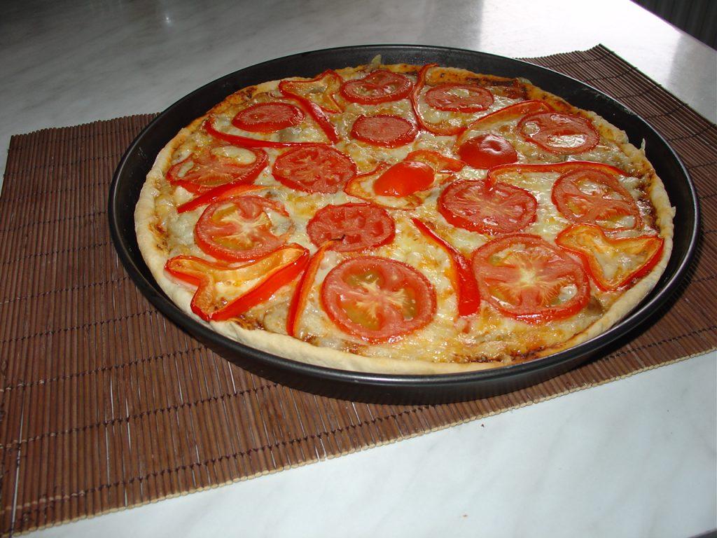 Pizza-simpla-de-casa