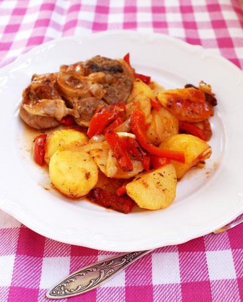 mancare de gogosari cu cartofi