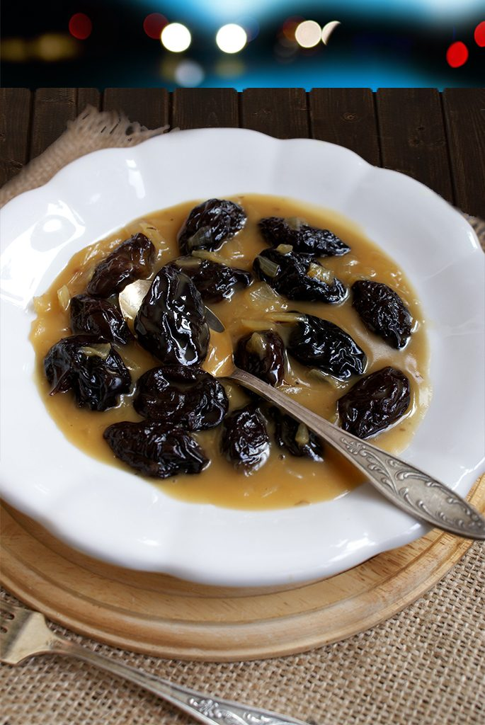 Mancare delicioasa de prune uscate ca in Oltenia