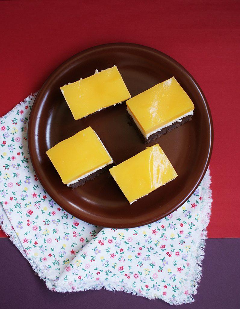 """Prajitura """"Fanta"""" cu portocale, crema de branza si mascarpone"""