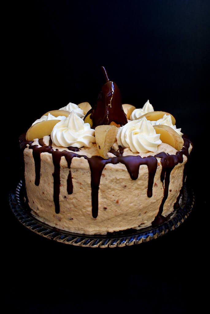 """Tort """"Adela"""" cu crema de gutui, nuci, pere si ciocolata"""